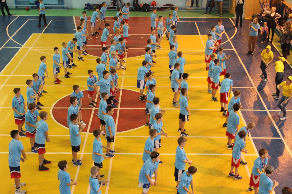 «Азот» поддержал всероссийские соревнования по баскетболу