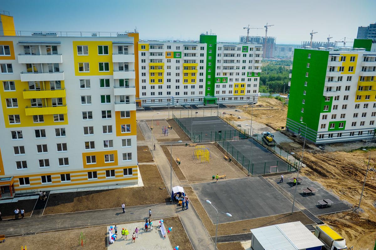 В Березниках почти 150-ти семьям вручили ключи от новых квартир в ЖК «Любимов»