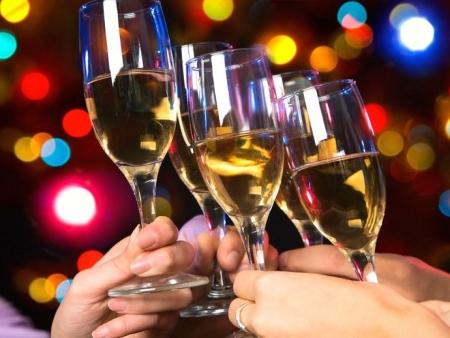Алкоголь в праздники. Как не подорвать здоровье