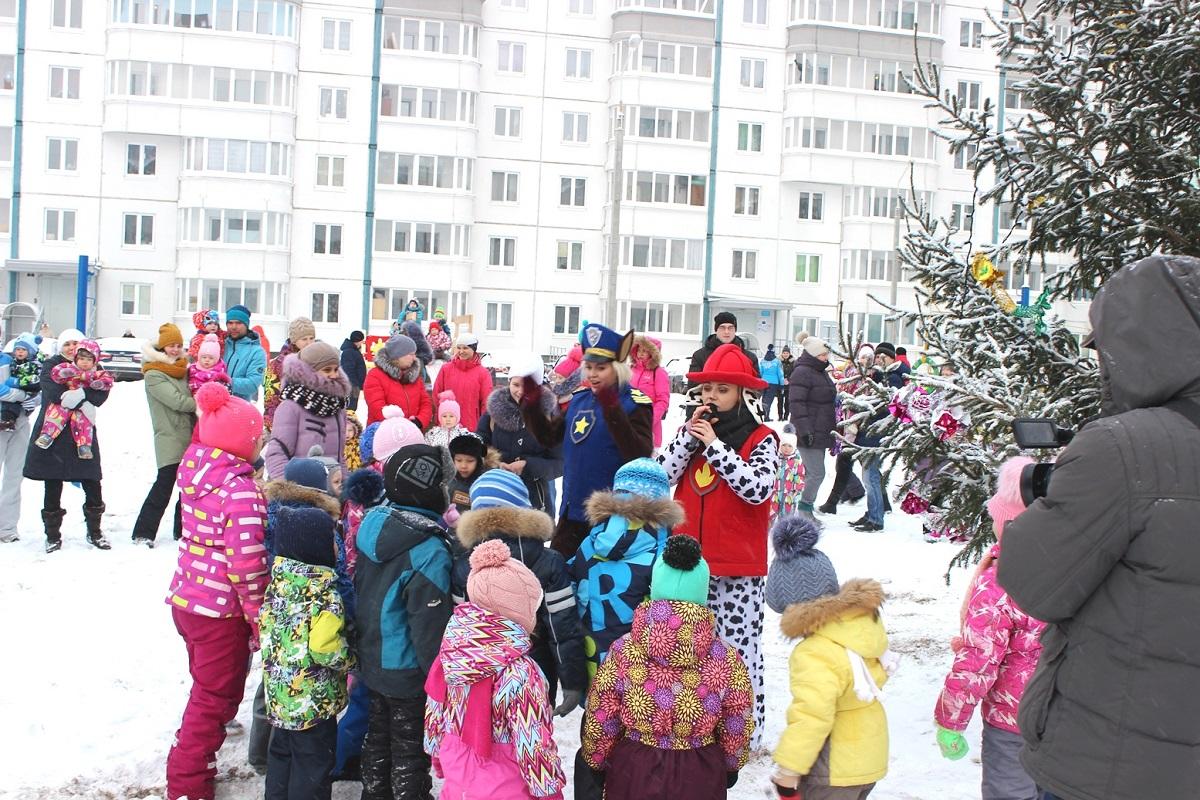 В жилых комплексах «СтройПанельКомплекта» стартовала череда новогодних мероприятий